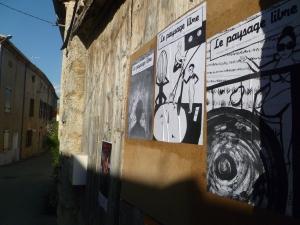 """Barnave (Drôme) : Les affiches pour """" laisser le passage libre """""""